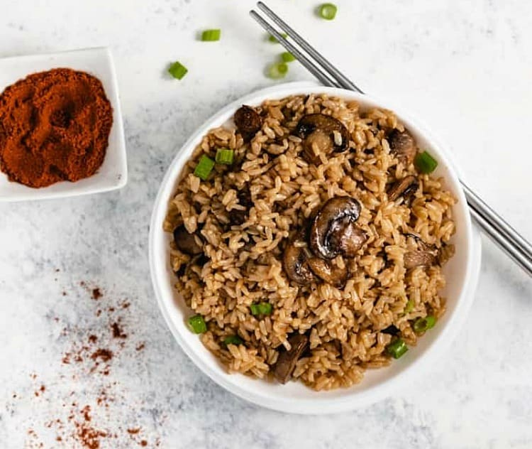 Instant Pot Brown Rice with Mushrooms